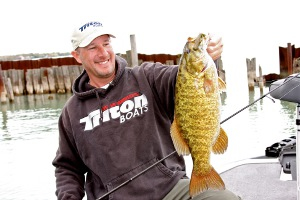 Lake St. Clair Bass Fishing Guide - Gerry Gostenik